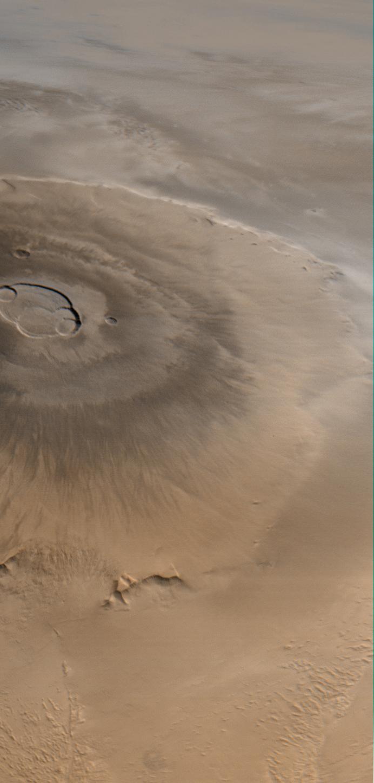 Olympus Mons ist der (bislang) höchste (bekannte) Berg im Sonnensystem. Er ist 27 Kilometer hoch.