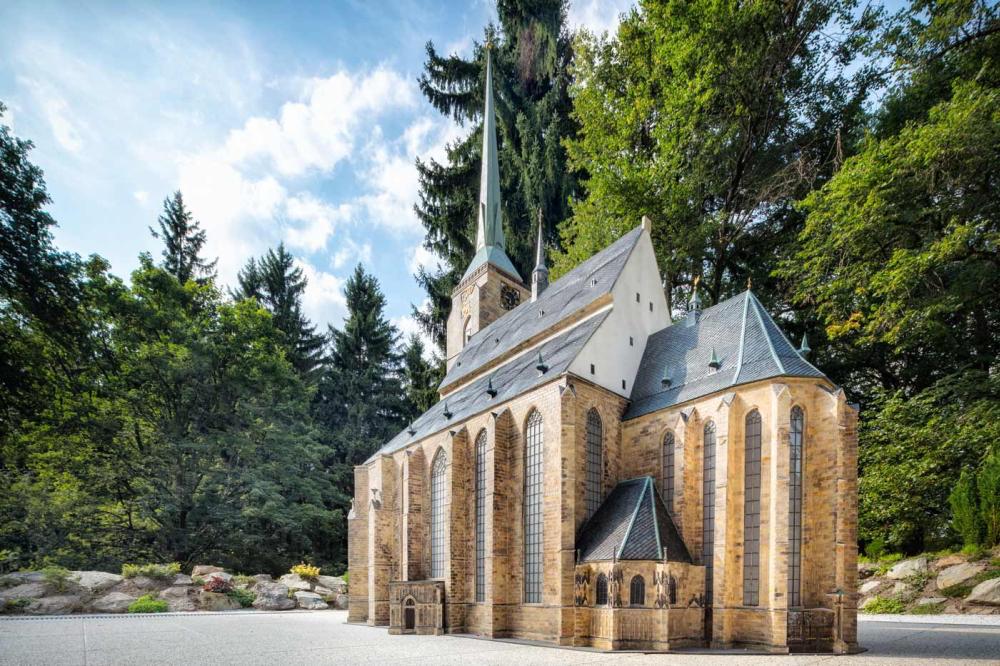 Pilsener St.-Bartholomäus-Kathedrale (Modell im Park Boheminium)