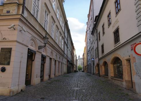 Eine Straße im Prager Zentrum zwischen Wenzelsplatz und Altstädter-Ring. Foto: K. Kountouroyanis
