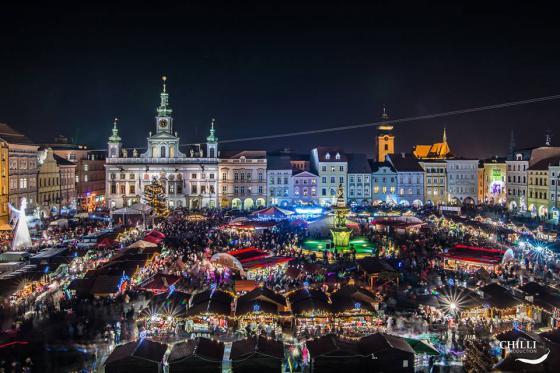 Christbaumkugeln Tschechien.Weihnachtsmarkt In Budweis Tschechien Online