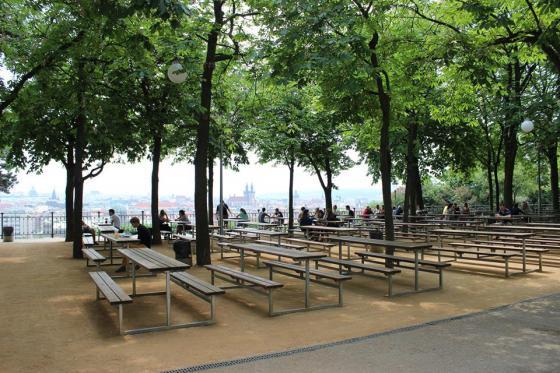 Biergarten Letná-Park, Prag 7 | Tschechien Online Sady