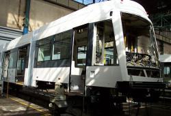 Straßenbahnmontage bei Škoda Plzeň